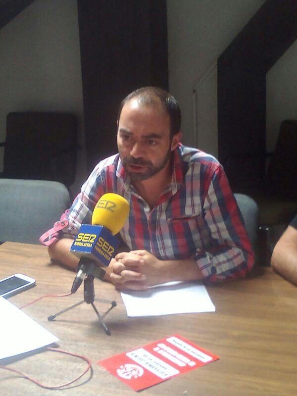 Iván Martínez interviene ante la prensa