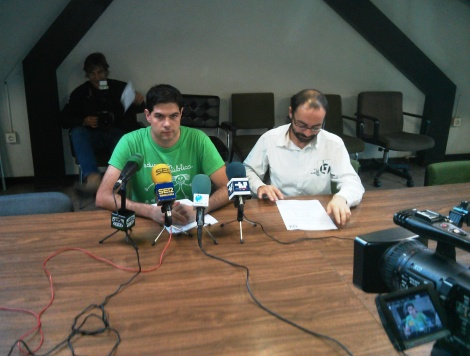 Javier e Iván, en un momento de la rueda de prensa