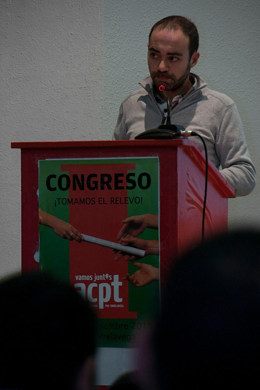 Iván Martínez interviniendo ante el Congreso