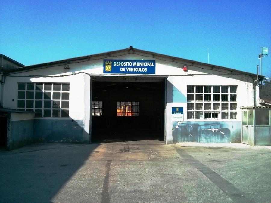 Instalaciones del depósito municipal de Vehículos en Barreda
