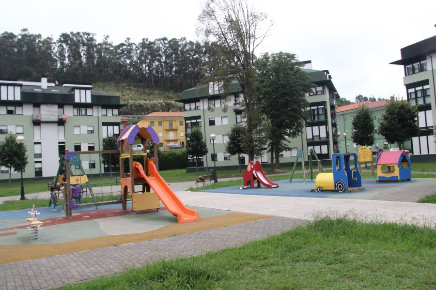 Parque infantil en La Ferretera
